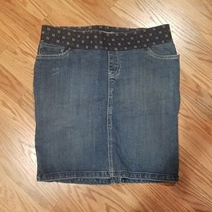 Old Navy Denim - Jean Maternity Skirt