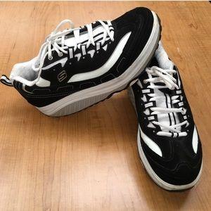 Skechers Shoes - Sketchers Shape Ups