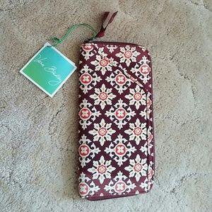 Vera Bradley Handbags - Vera Bradley New with tags wallet