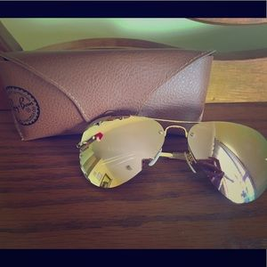 Rose gold mirrored ray ban