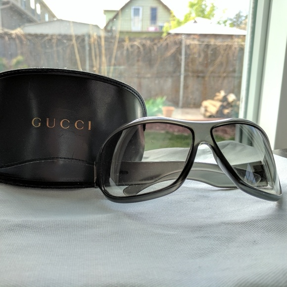 5d9e6ad3cf4 Gucci Accessories - Authentic vintage gucci sunglasses   leather case