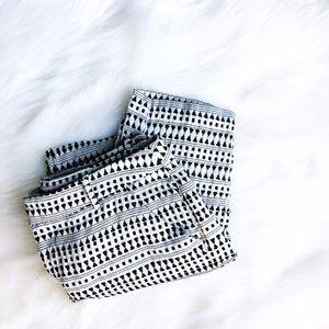 Merona Pants - ➕HP➕ Black & White Patterned Ankle Pants
