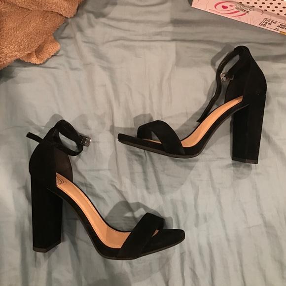 50b85e06dd5 Black heels -Steve Madden Carrson look alike-. M 58f1018499086a05f000d91c