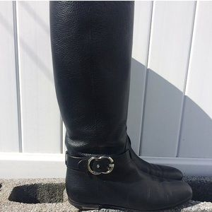 Gucci Shoes - Woman's Authentic Gucci Black Boots