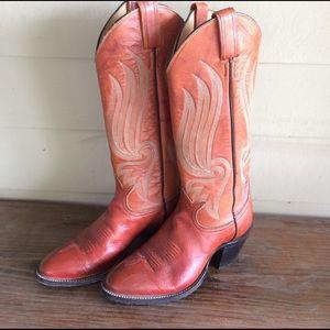Tony Lama Shoes - Gorgeous Tony Lama cowgirl boots!