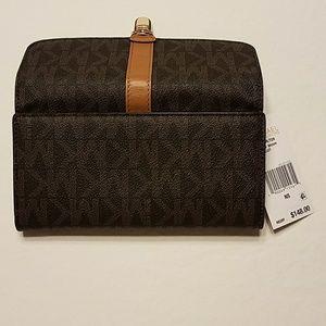 37c337a6b9c5e MICHAEL Michael Kors Bags - Michael Kors Charlton Flap Leather Wallet NWT