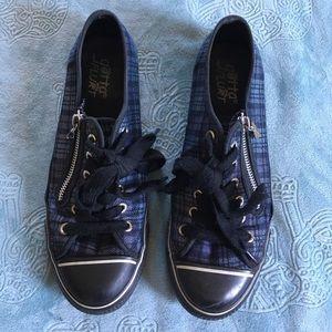 Gotta Flurt Shoes - Punk Plaid Low top Sneakers