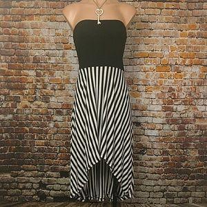 Forever 21 Dresses & Skirts - Strapless High Low Dress Medium