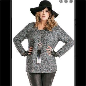 Sempre Piu Tops - Sempre Piu NWOT Chalou German Designer Lg Sleeve