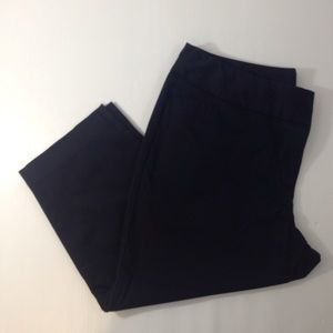 Worthington Pants - EUCWorthington Modern Fit Black Tuxedo Capris Sz16