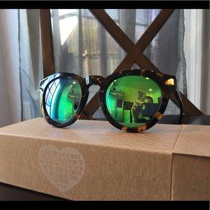 Diff Eyewear Accessories - Diff Eyewear Tortoise Dime 2 green mirror lens