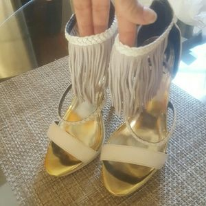 LFL Shoes - White fringe cute sandals