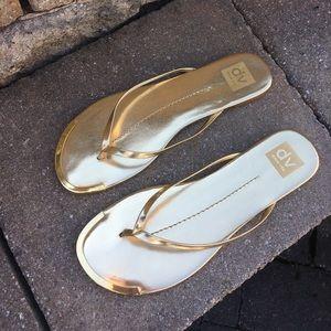 DV by Dolce Vita Shoes - DV Dolce Vita Dania Gold Stella Thong Sandals 9.5