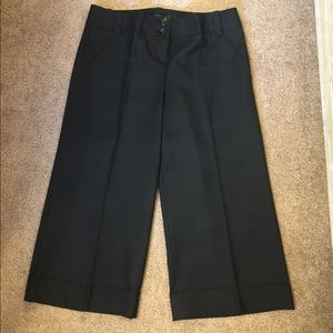 The Limited Pants - The Limited black Cassidy fit size 4 capris