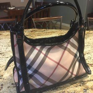 Burberry Handbags - Authentic Burberry tote