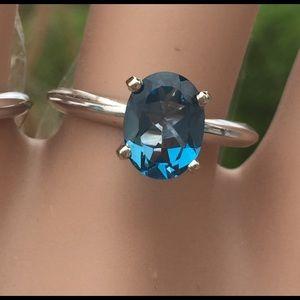 14k WG solitaire oval London Blue Topaz Ring sz