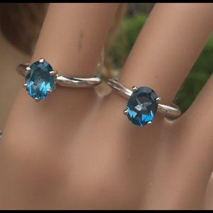Jewelry - 14k WG solitaire oval London Blue Topaz Ring sz