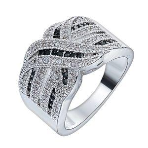Curvy Couture Jewelry - Black White Diamond Silver Platinum Ring