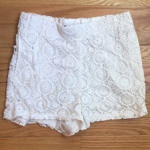 LF Pants - **REDUCED** LF High Waisted Lace Shorts