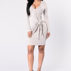 Dresses & Skirts - Brand new bodycon dress
