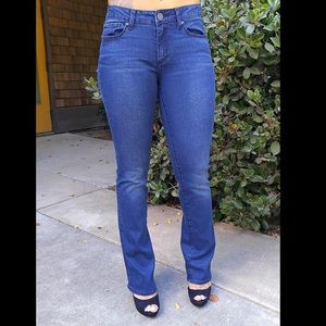 Denim - The Pair with Flare Bottoms