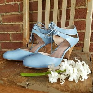 Restricted Shoes - LOWEST Chic lace up tapered heels pastel strappy