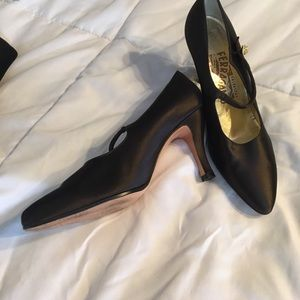 Salvatore Ferragamos 5.5 Satin brown Mary Janes
