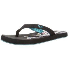 3924d36a82f7f Roxy Shoes - 🆕 Roxy Women s Low Tide Flip Flop
