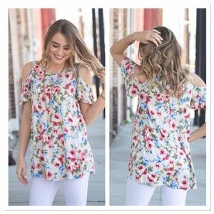 Infinity Raine Tops - 🆕 Floral cold shoulder Tunic