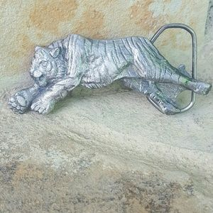The Great American Buckle Company  Accessories - Vintage Tiger Belt Buckle *RARE*