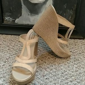 Callisto Shoes - Nude wedges like new