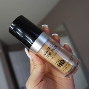 Makeup Forever Other - Makeup forever HD Foundation Y385