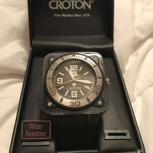 Croton Other - CROTON CX 328009 STAINLESS STEEL MEN'S WATCH