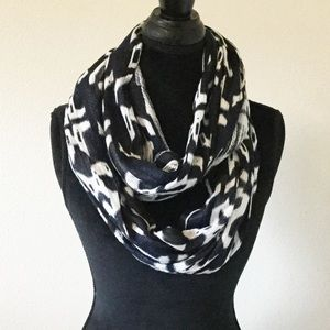 Staring at Stars Accessories - Infinity Scarf
