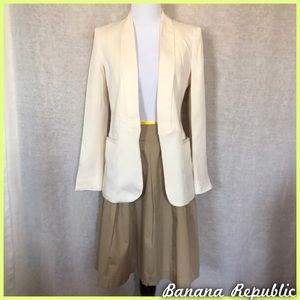 Banana Republic Pleated Khaki Skirt