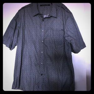 Men's Sean John short sleeve shirt