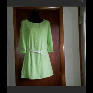 Dresses & Skirts - Lime green dress with belt