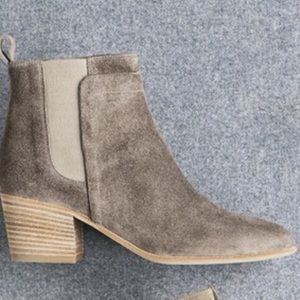 Vince Shoes - Vince Hallie Booties