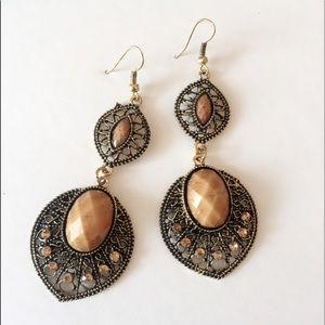 A55 Antique style Mesh design Earrings