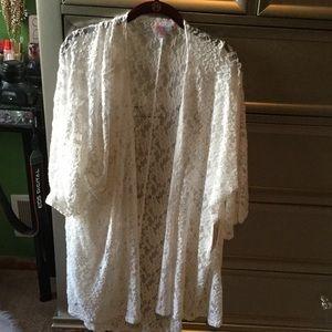 LuLaRoe Sweaters - BNWT LulaRoe White Lace Lindsay