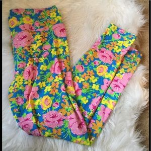 LuLaRoe Pants - LulaRoe Floral TC Leggings