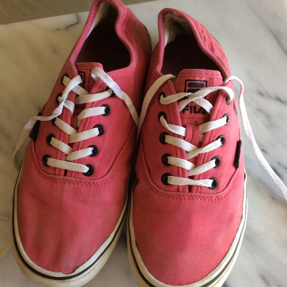Vintage red 90's Canvas Sneakers