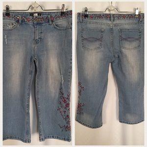 Rave Denim - Rave R4R Embroidered Boho Crop Jeans Size 15
