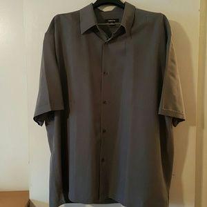 Claiborne Other - Gourgous Grey Men's Short Sleeve Shirt
