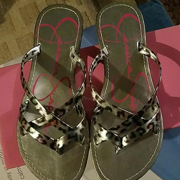 f8b15e6bd227 Brans new Jessica Simpson girl flip-flops