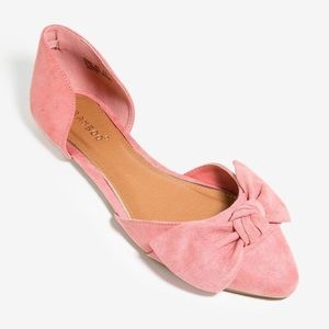 Shoes - Pointed Toe Pink Bow Flats