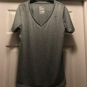Nike dry fit t shirt - Grey