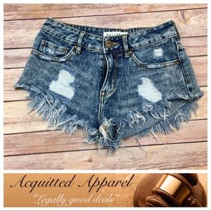 Bullhead Pants - {Bullhead} Distressed High Rise Denim Shorts