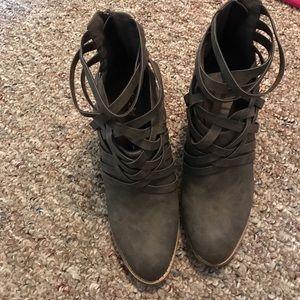 Boheme Shoes - Braided booties