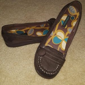 Womens Brown Flats/Loafers Xhiliration 8.5
